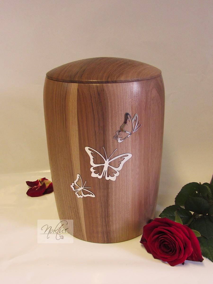 Žara lesena-metulji